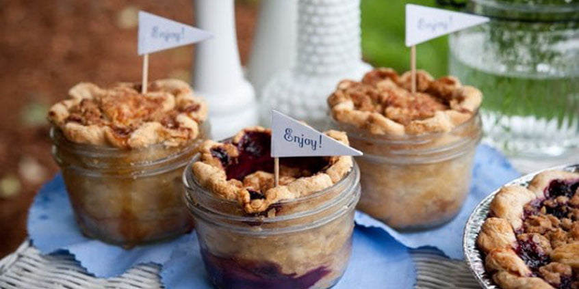 9 Meals You Can Make In Mason Jars