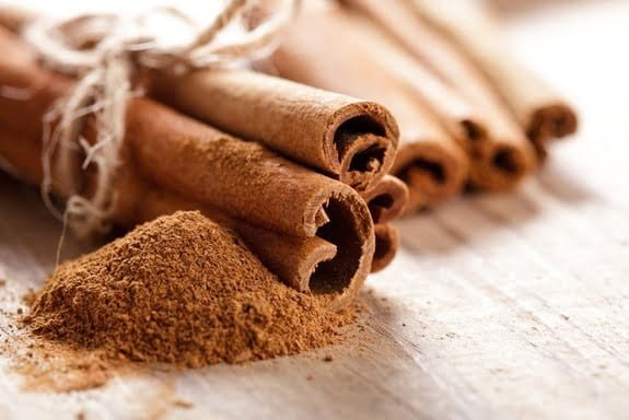 5 Reasons Why You Should Eat Cinnamon