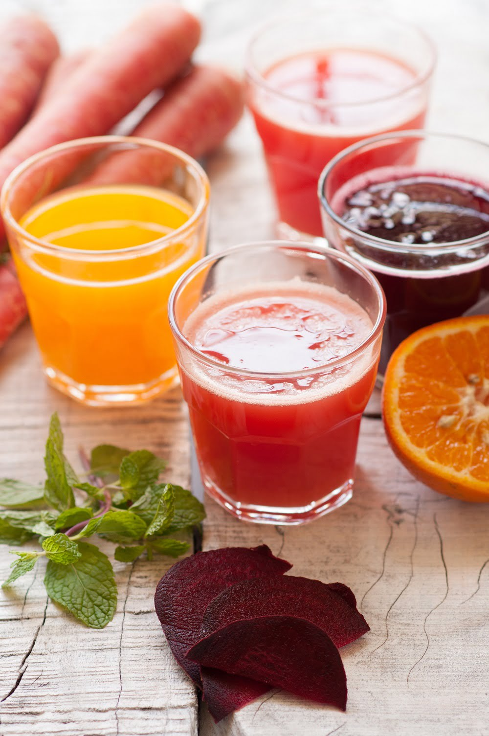 Want to do a juice cleanse? Make sure you check out these dos and donts first! #Juicecleanse #healthy #detox