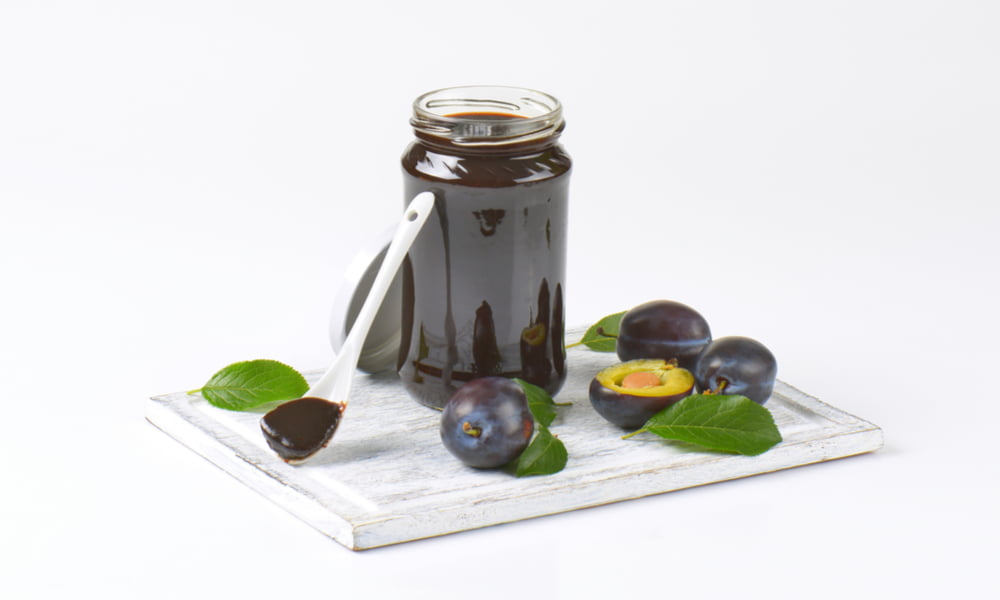4 INCREDIBLE HEALTH REASONS TO MAKE THIS PLUM BUTTER RECIPE