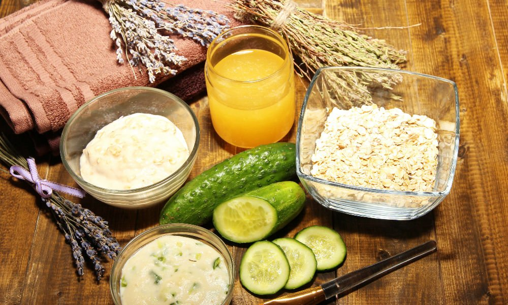 DIY 'THROW IT IN THE BLENDER' FOODIE FACE MASKS