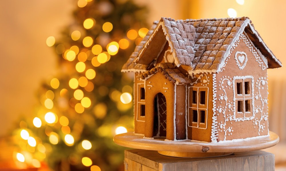 Foolproof Gingerbread House Hacks | SPUD.ca