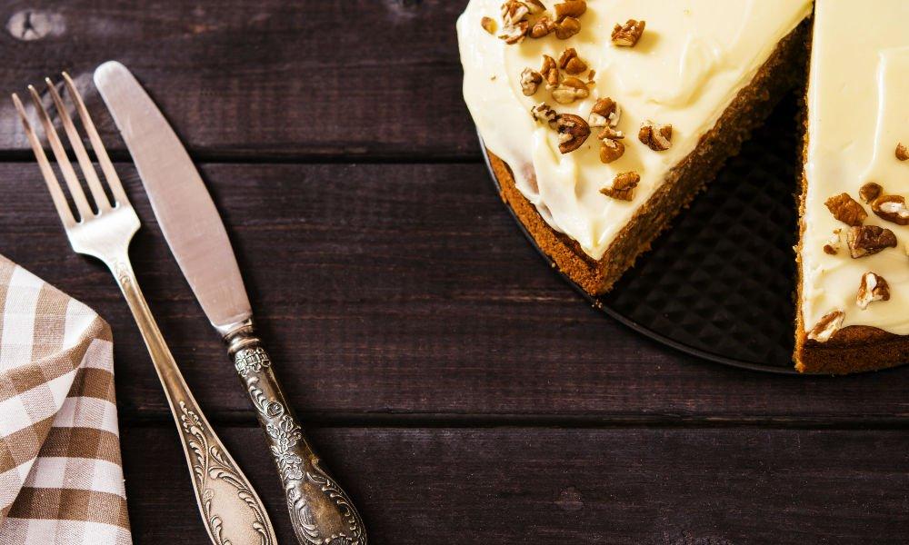 DELICIOUS VEGAN CARROT CAKE RECIPE