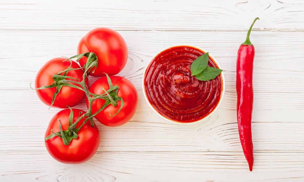 HERE'S WHY YOU SHOULD BUY ORGANIC KETCHUP