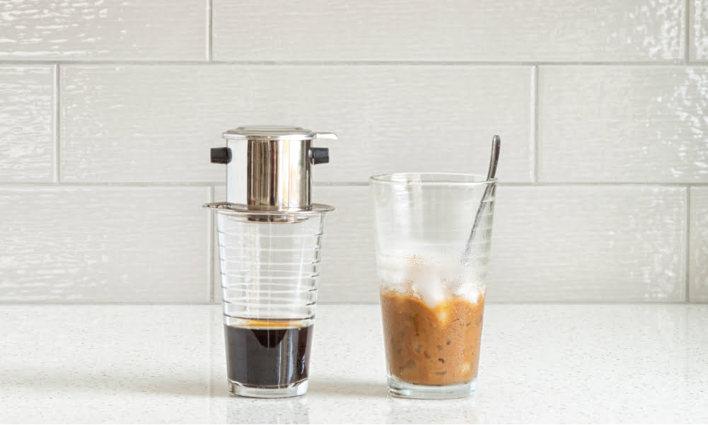 HOW TO MAKE VIETNAMESE ICED COFFEE WITH VEGAN CONDENSED MILK