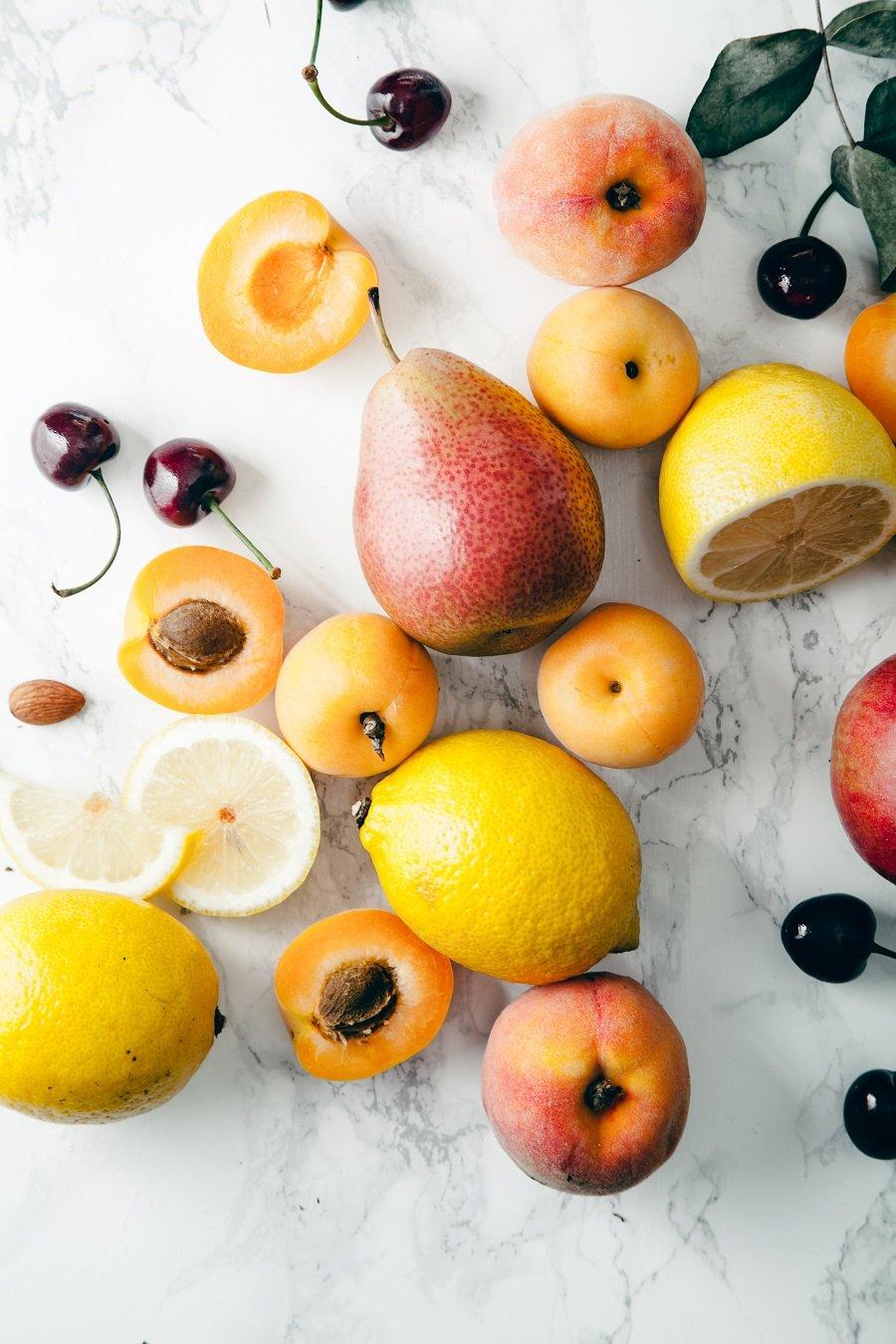 3 Simple Tricks To Get Rid Of Fruit Flies - SPUD com