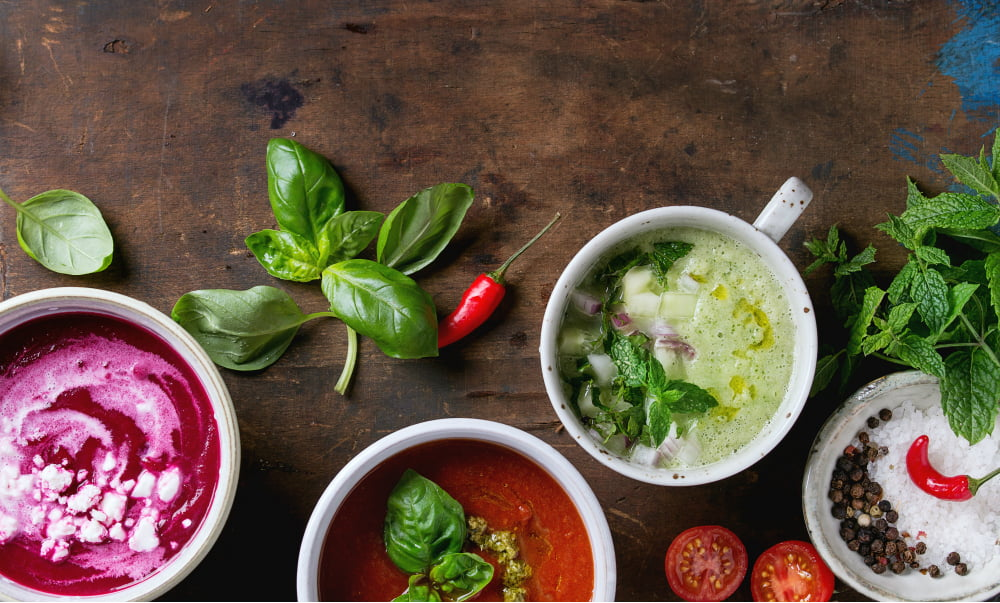 5 SUMMER SOUPS TO STAY COOL AND NOURISHED