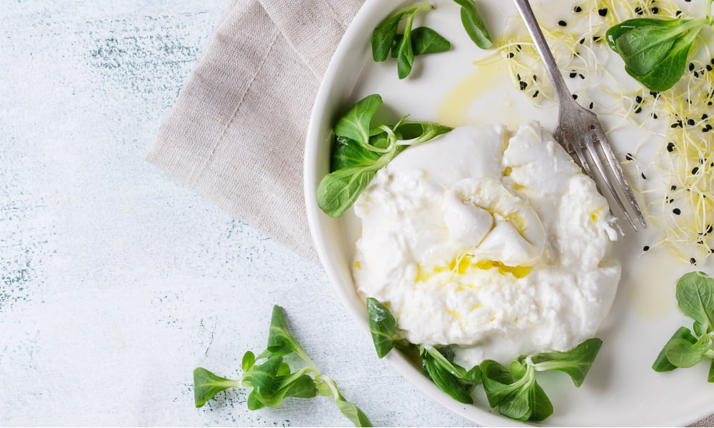 BURRATA: THE FANCIEST CHEESE AND THE BEST WAYS TO SERVE IT
