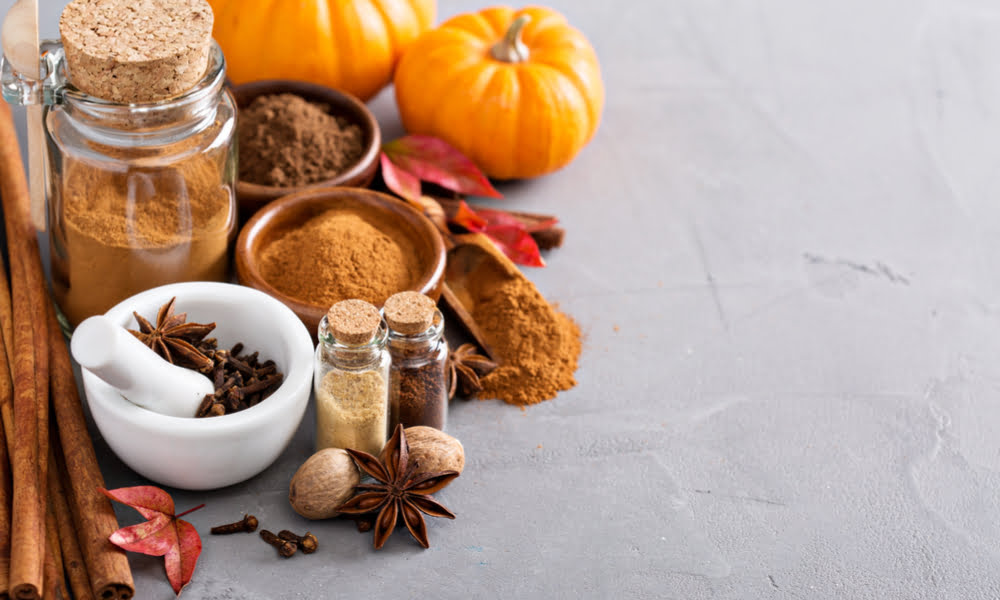 HOW TO MAKE AN ALL-NATURAL HOMEMADE PUMPKIN SPICE MIX