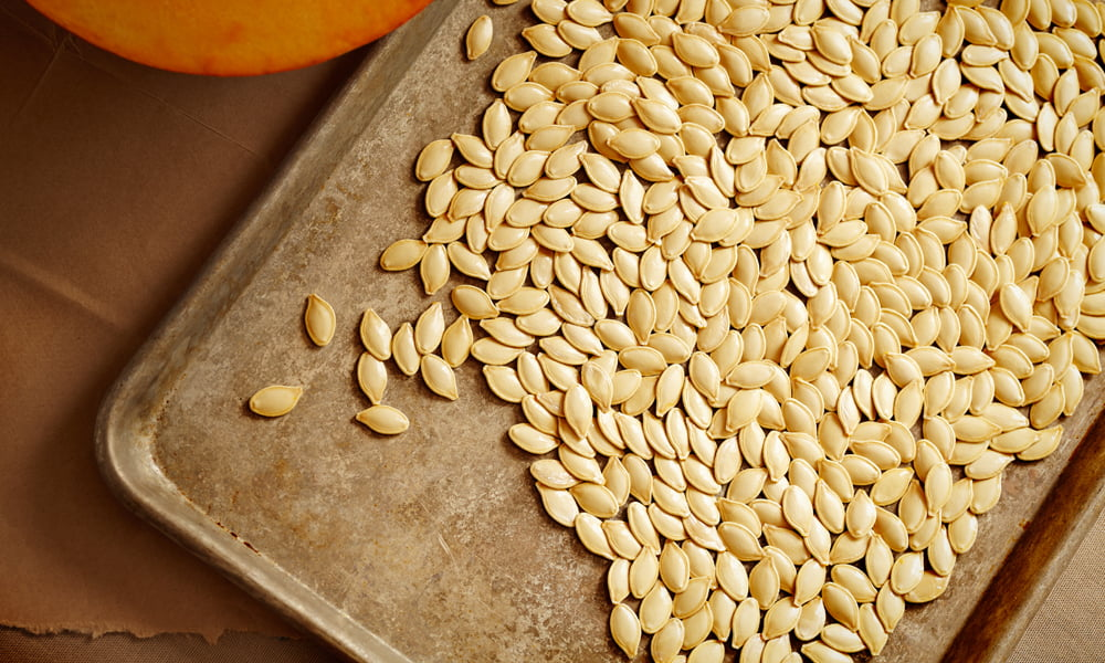ROASTED PUMPKIN SEED RECIPES THAT MAKE THE PERFECT FALL SNACK