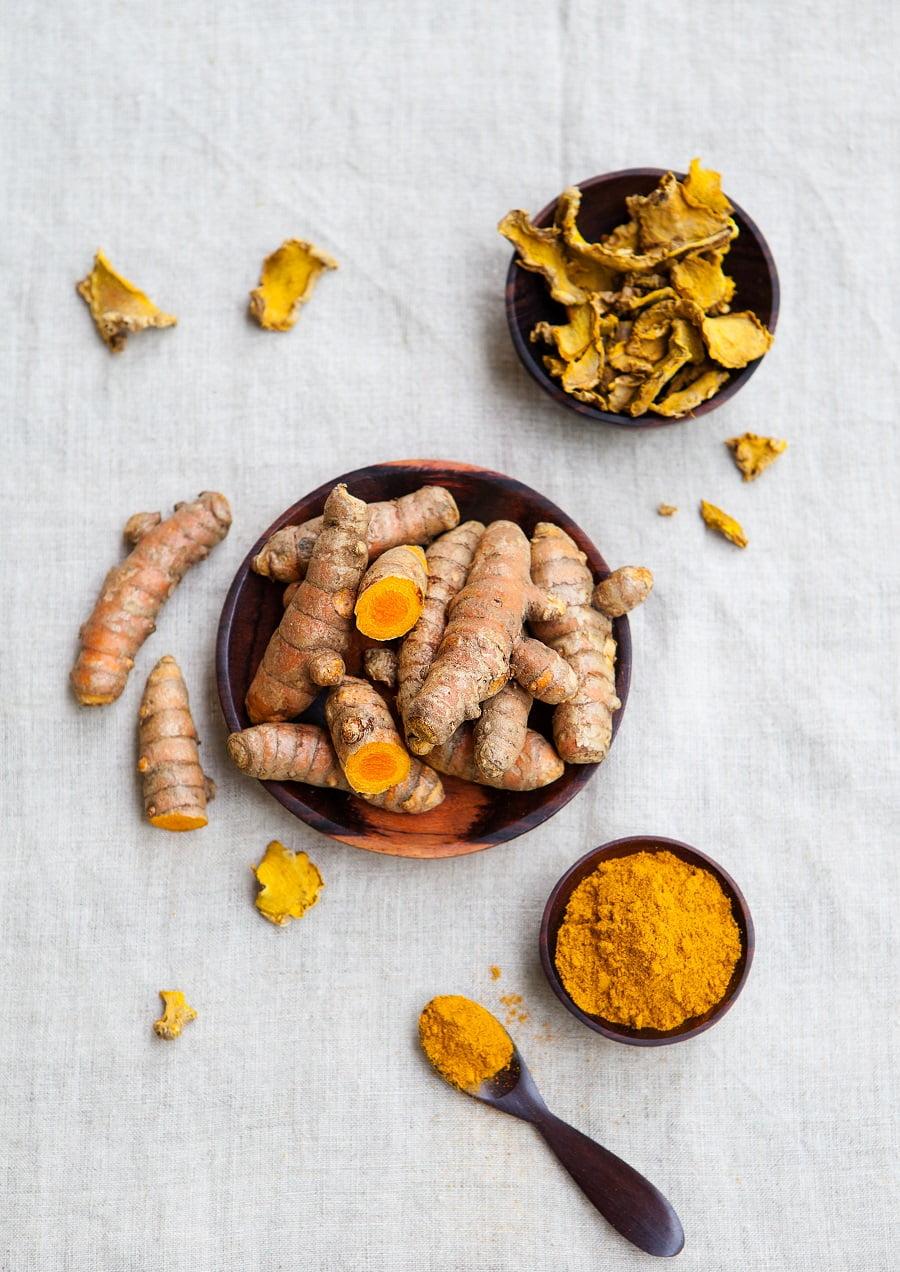 Health Benefits of Turmeric + 4 Recipes