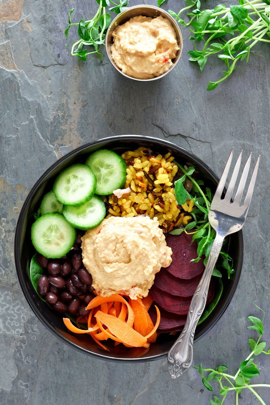 Lemon rice - a delicious and colorful base for nourish bowls!