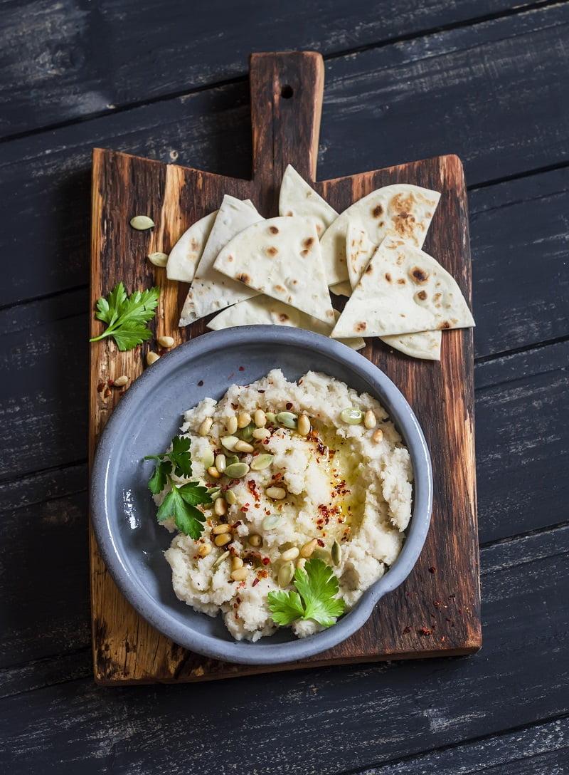 How to Make Creamy Cauliflower Hummus (low carb + legume-free)
