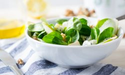 Pear, Spinach, Walnut And Blue Cheese Salad | SPUD.ca