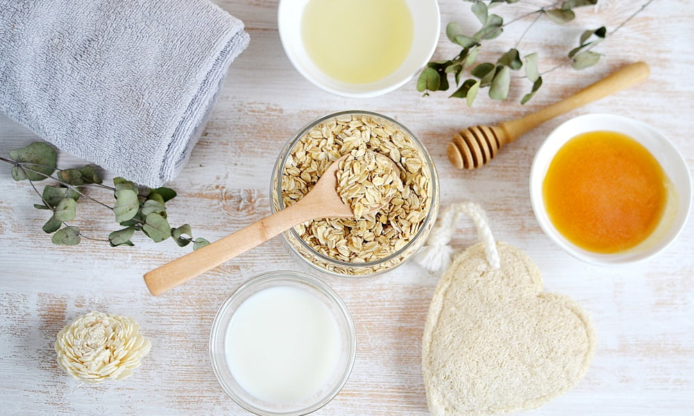 KITCHEN BEAUTICIAN: 5 DIY FACE MASK RECIPES