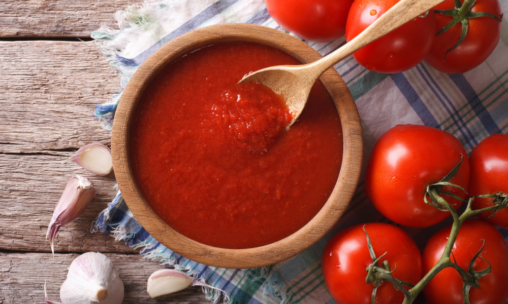 YOUR GUIDE TO THE BEST HOMEMADE TOMATO SAUCE
