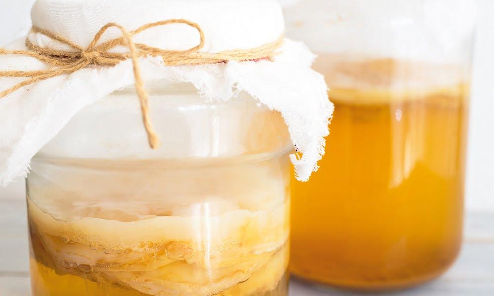 4 REASONS YOU NEED TO START DRINKING KOMBUCHA