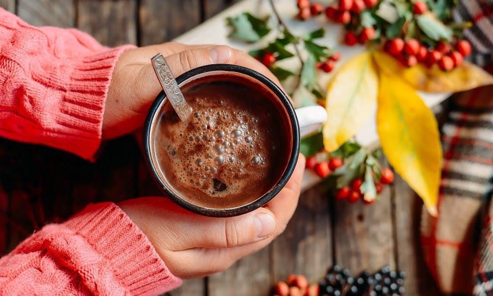 How To Make Red Wine Hot Chocolate This Holiday Season | SPUD.ca