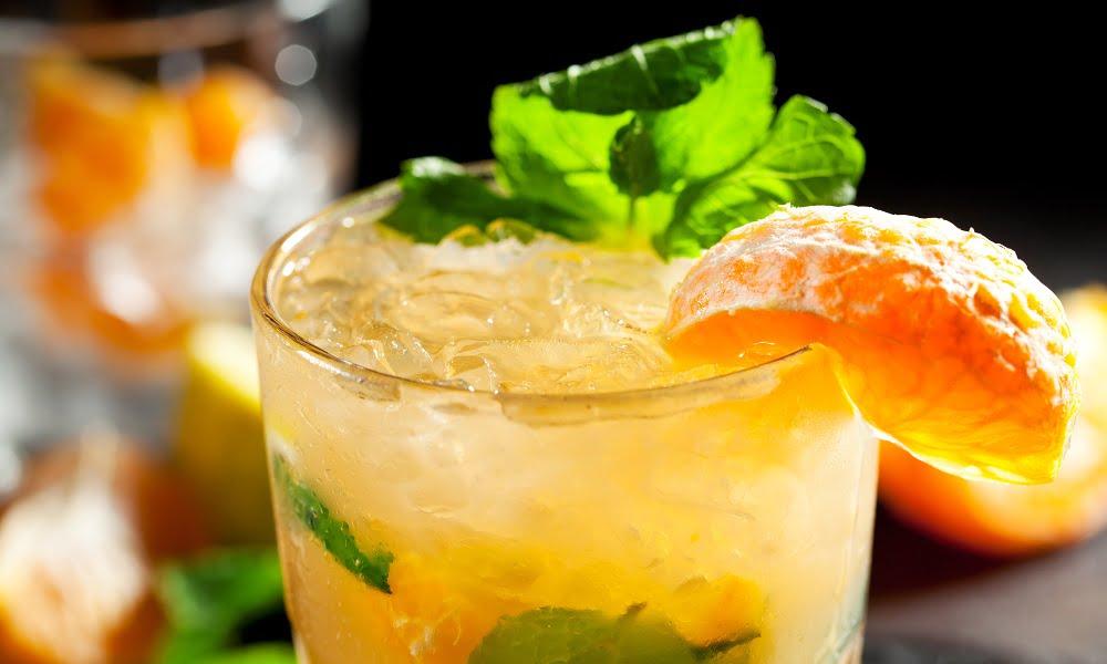 How to Make a Satsuma Orange Mojito