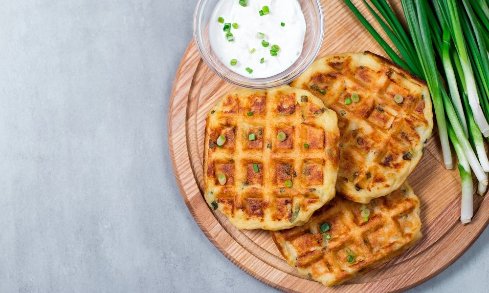 HOW TO MAKE MASHED POTATO WAFFLES (PLANT-BASED + GLUTEN FREE)