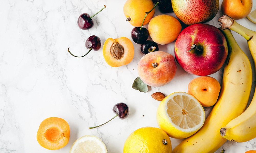 3 SIMPLE, NATURAL WAYS TO GET RID OF FRUIT FLIES