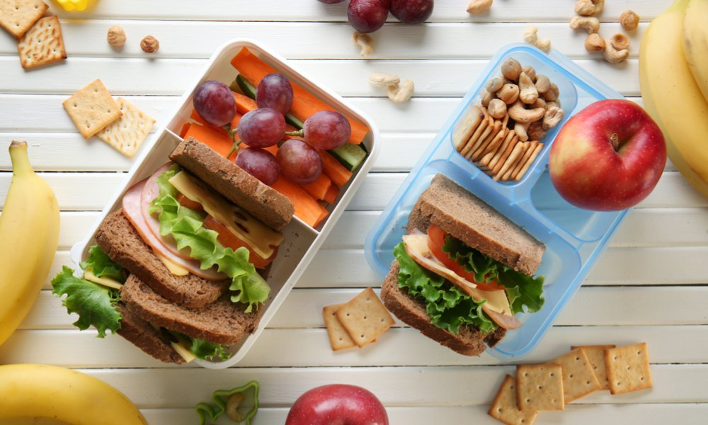 A LUNCHBOX CHEAT SHEET FROM A REGISTERED DIETITIAN
