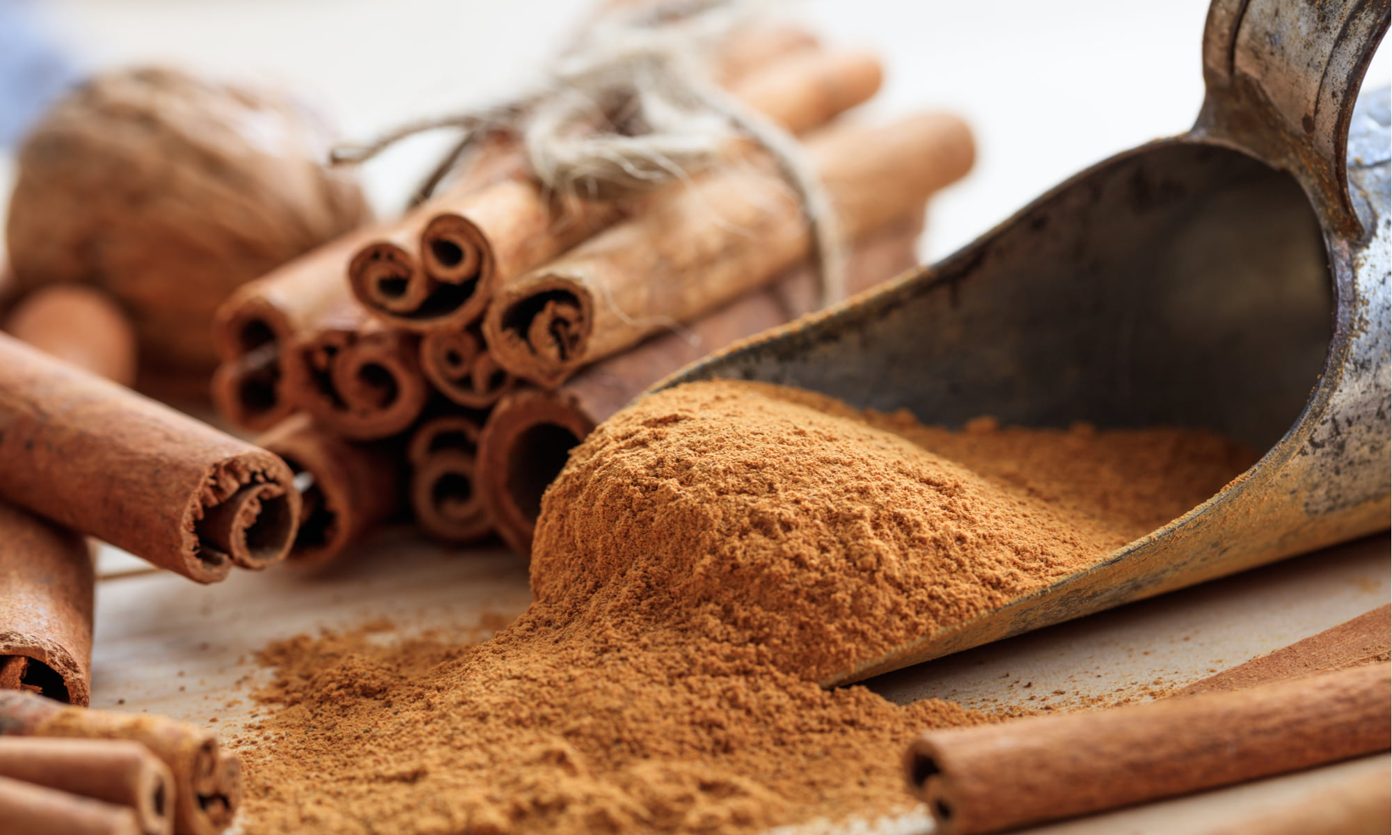 5 BENEFITS OF CINNAMON TO SPICE UP YOUR LIFE