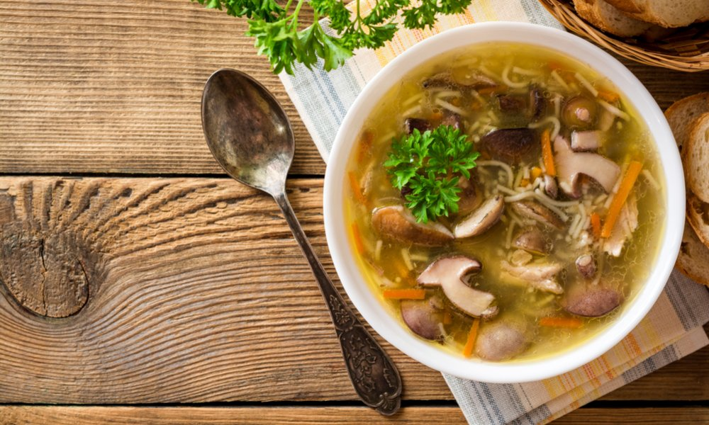 VEGAN CHICKEN NOODLE SOUP TO WARM YOU UP!