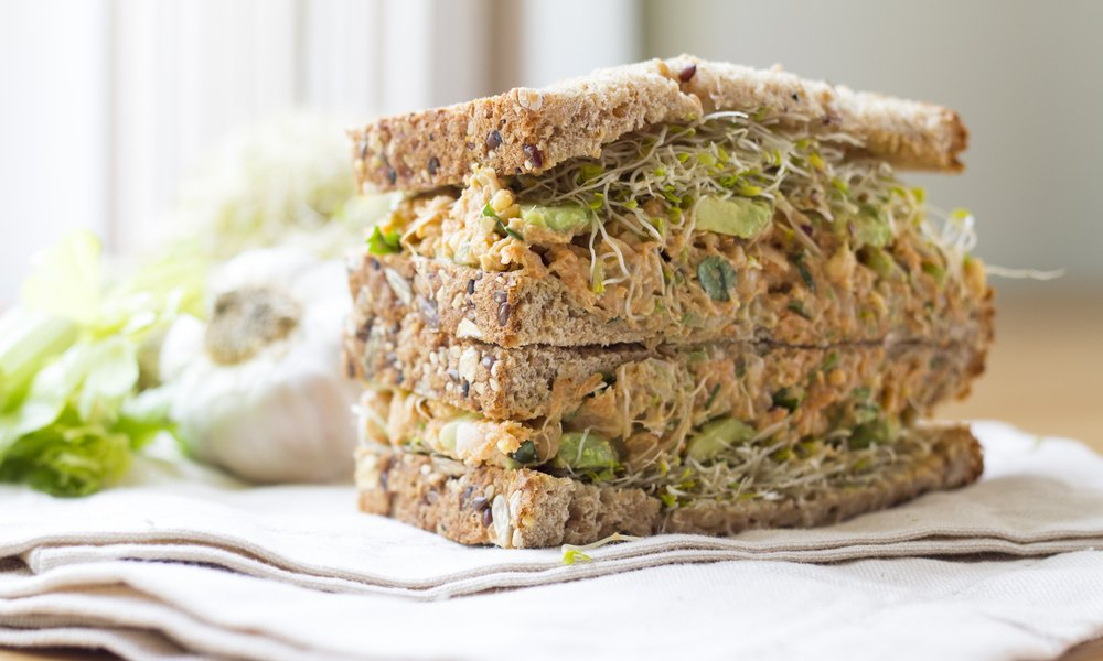 MOVE OVER TUNA, CHICKPEA SALAD IS COMING FOR YOU