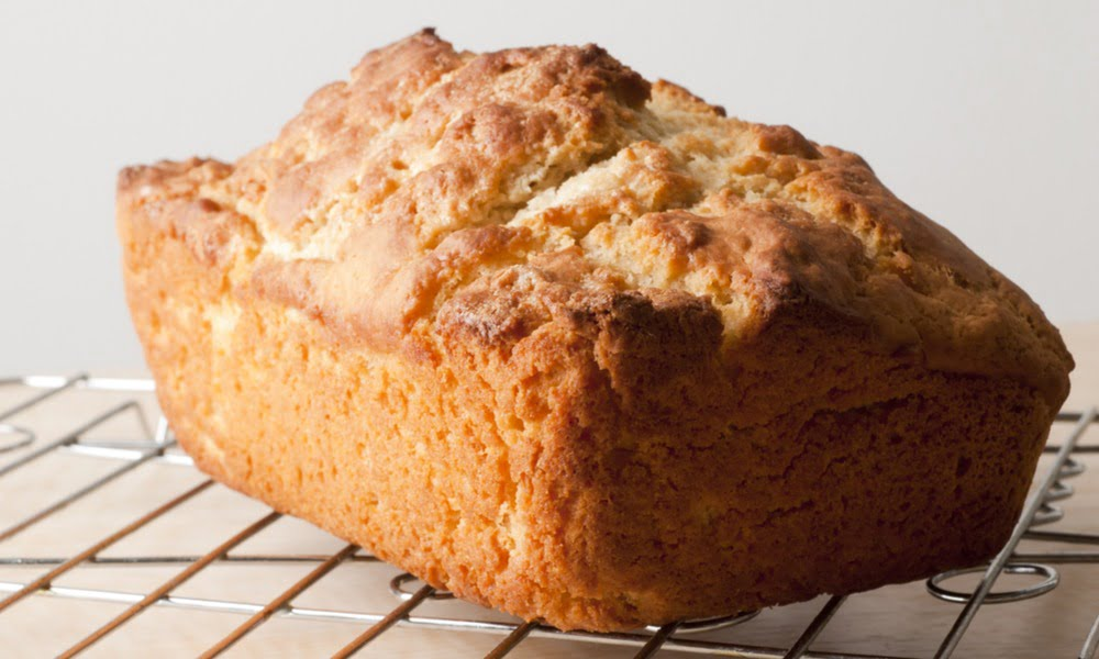 QUICK + EASY BEER BREAD RECIPE